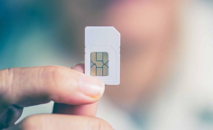 海外スマホは現地SIMをプリペイド式で活用すれば安心・コスパよし!