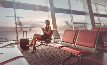 海外でスマホの機内モードを便利に活用する方法とは